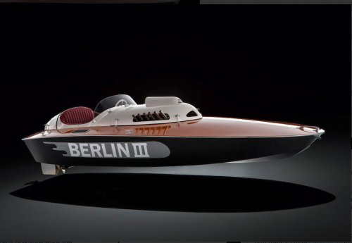 Berlin III is a gorgeous vintage racing boat from 1950