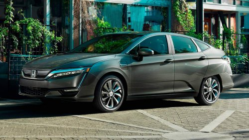 2017 Honda Clarity Electric goes on sale with $269 monthly lease, 89-mile driving range