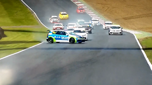 Who thought you can pull such and incredible save with a FWD VW Golf?