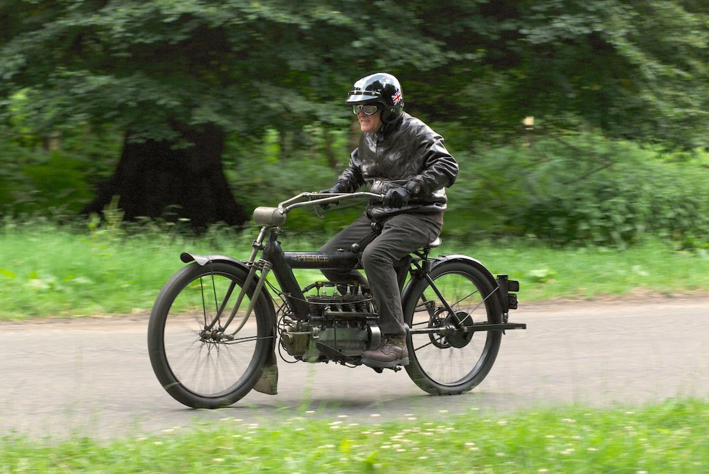 "1910 PIERCE FOUR road test: ""The Vibrationless Motorcycle"""
