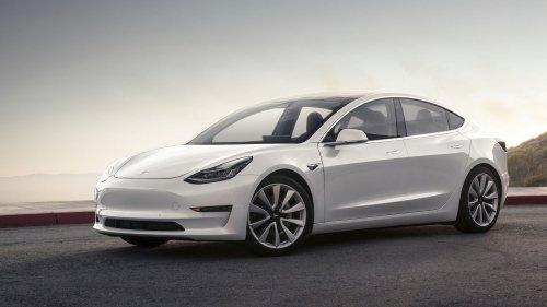 First details on the Tesla Model 3 after handover ceremony