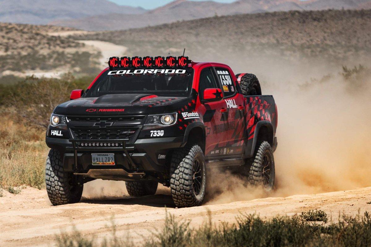 "2017 Chevrolet Colorado ZR2 to prove itself in ""Vegas to ..."