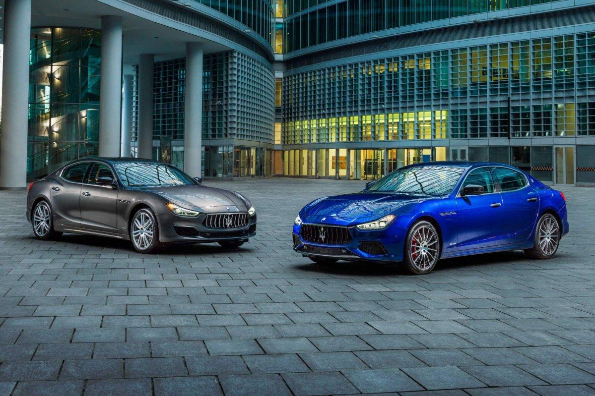 https://cdn.drivemag.net/media/default/0001/55/2018-Maserati-Ghibli-GranLusso-and-GranSport-7241-default-large.jpeg