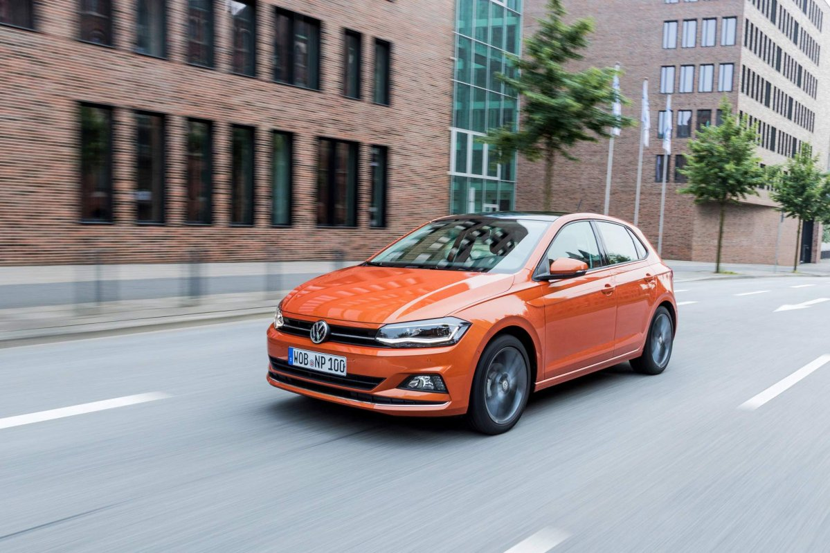 2018 vw polo priced from 12 975 in germany new details. Black Bedroom Furniture Sets. Home Design Ideas