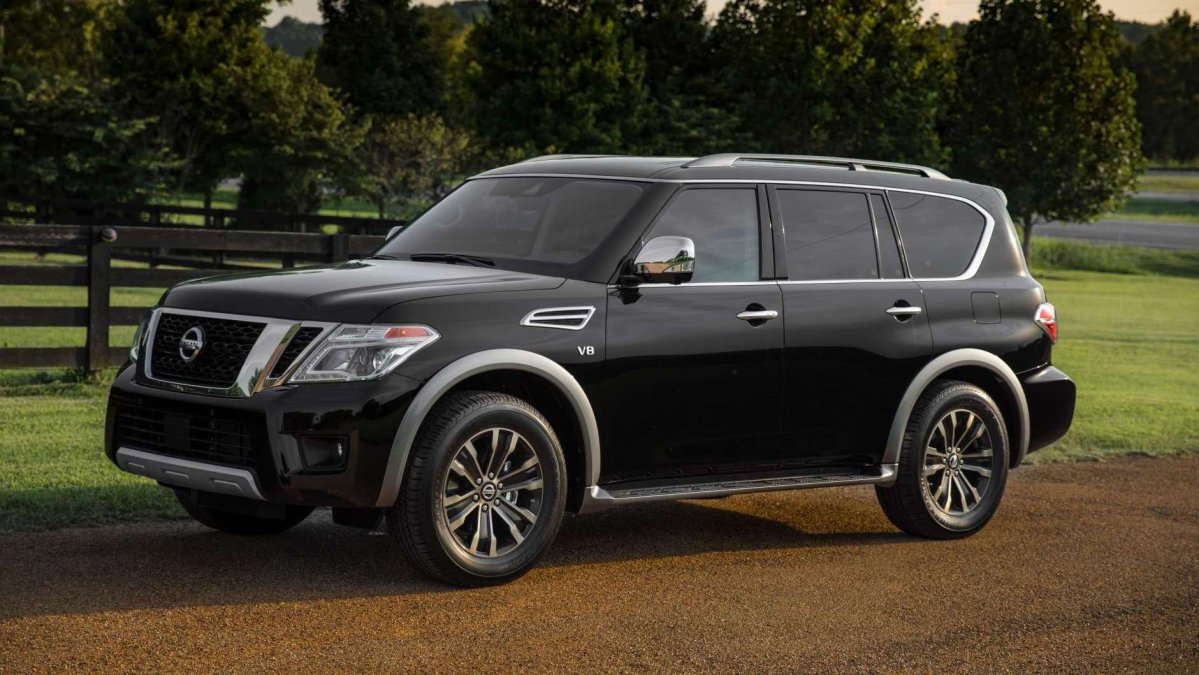 2018 nissan armada suv adds smart lcd rearview mirror price goes up. Black Bedroom Furniture Sets. Home Design Ideas