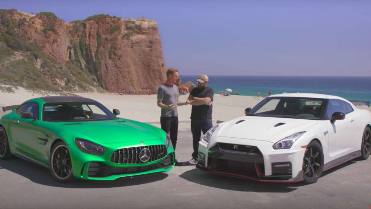 Gt R Vs Gt R 2018 Mercedes Amg Gt R Takes On 2017 Nissan