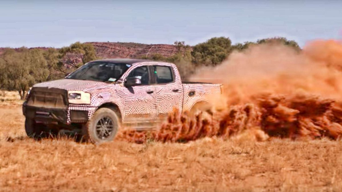 official the 2018 ford ranger raptor is out for pickup blood. Black Bedroom Furniture Sets. Home Design Ideas