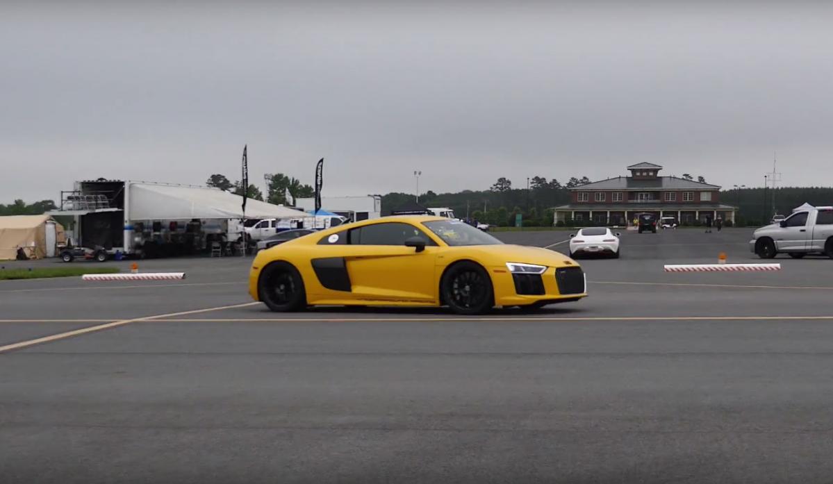 Watch Worlds Quickest Audi R Set Halfmile Record At Mph - Audi r8 quarter mile