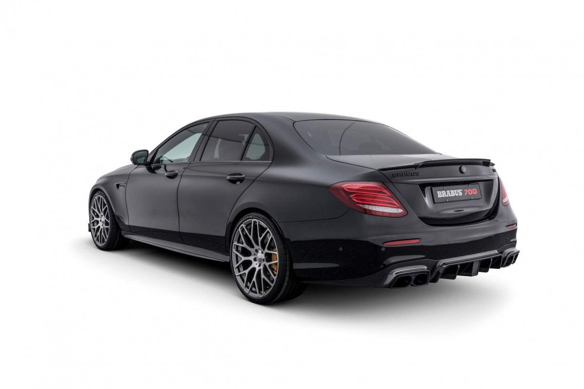 This Brabus 700 will make Mercedes-AMG E 63 S owners jealous