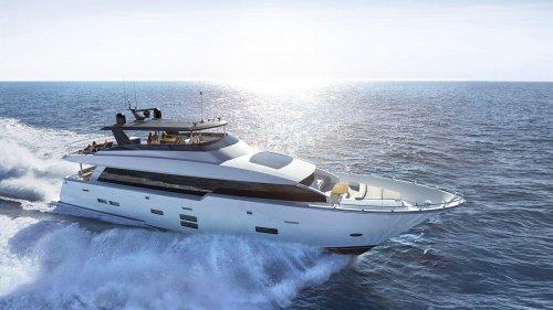 Hatteras M90 Panacera motor yacht is coming to FLIBS 2017