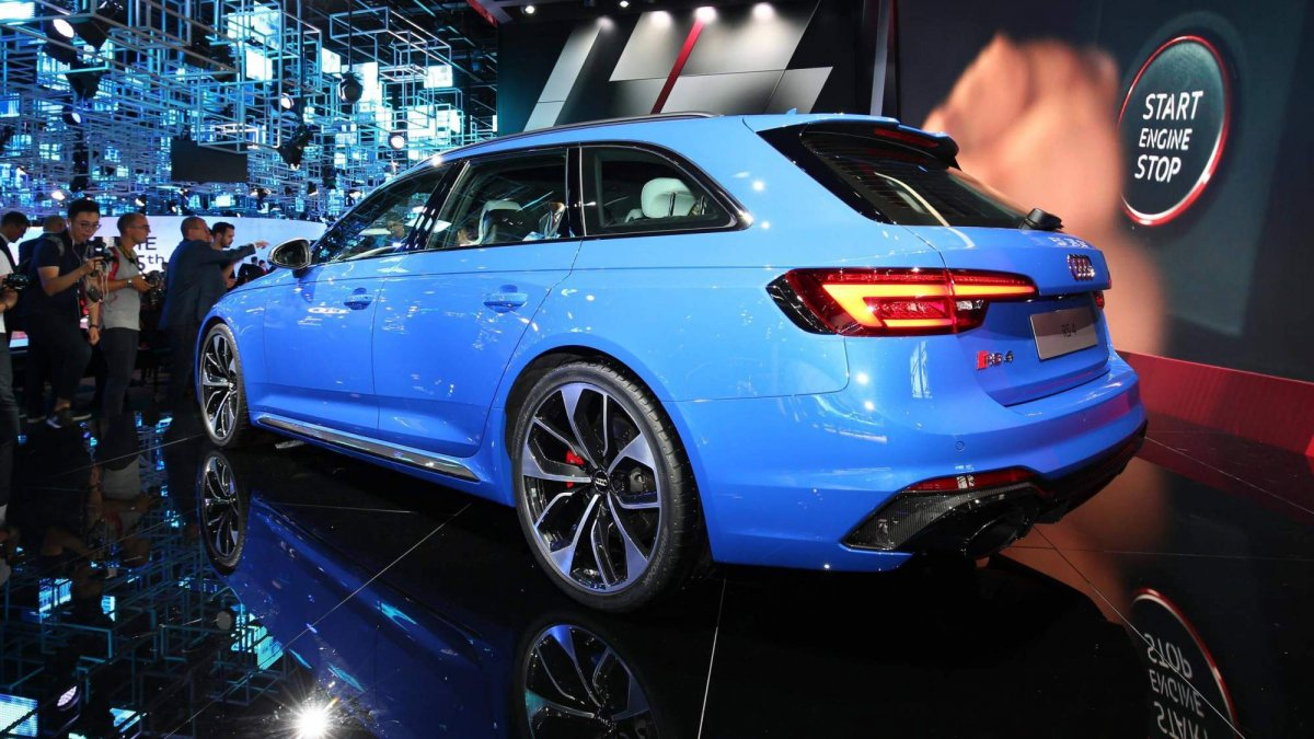 2018 Audi RS 4 Avant is a 450-hp family hauler that can be yours from...