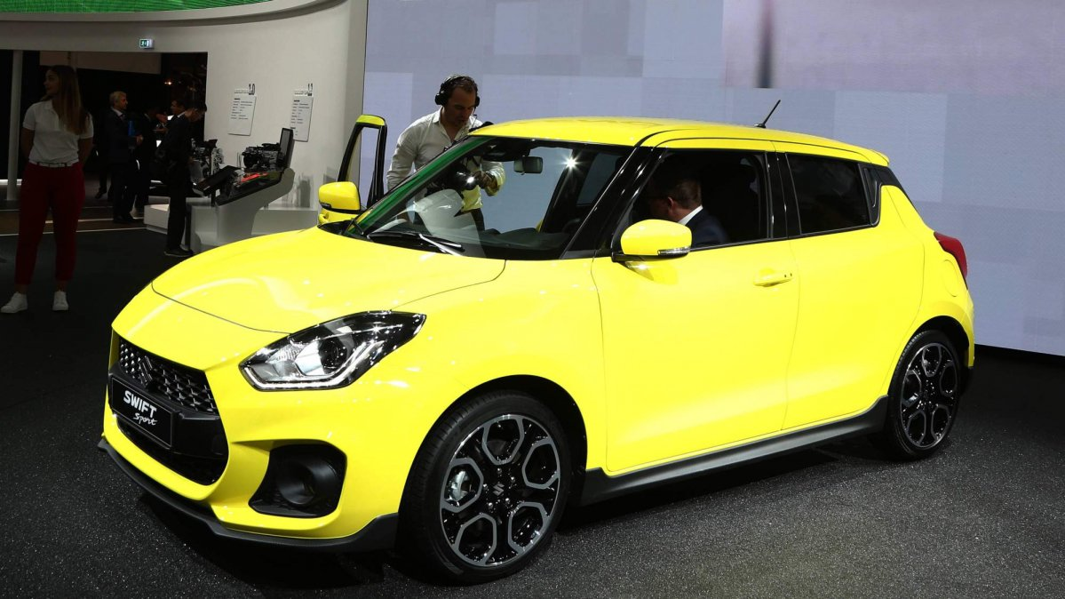 2018 suzuki swift sport goes from warm to hot hatch status. Black Bedroom Furniture Sets. Home Design Ideas
