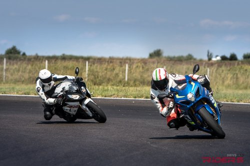 Suzuki GSX-R1000R vs BMW S1000RR video review