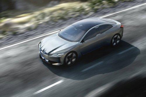 BMW i Vision Dynamics is not quite the Tesla Killer, but could make more sense
