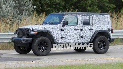 2018 Jeep Wrangler Rubicon spied sporting minimal camo