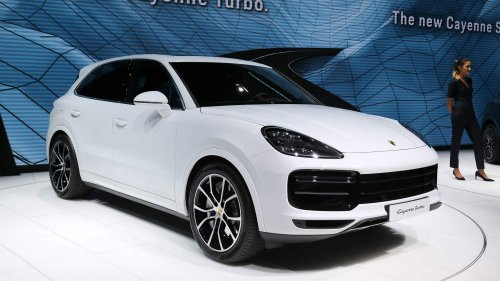 All-new Porsche Cayenne Turbo parks all its 550 horsepower in Frankfurt