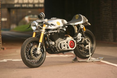 ACE CAFÉ RACER road test: Little Miss Dynamite
