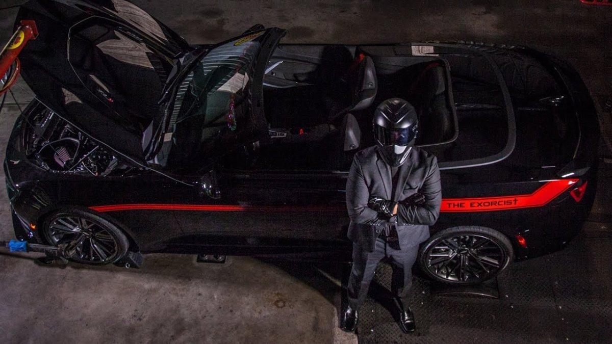 Open-top Camaro ZL1 Exorcist meets dyno, screams like a banshee