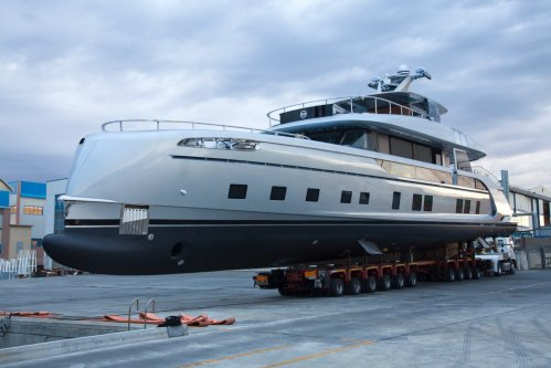 Dynamiq GTT 115 superyacht launched in Viareggio