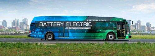 EV bus achieves single-charge range of 1,100 miles, takes world record