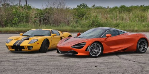 The Ford GT takes on a McLaren 720S