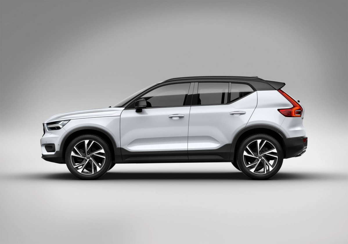 luxury affordable drive first right reviews crossover suv volvo done