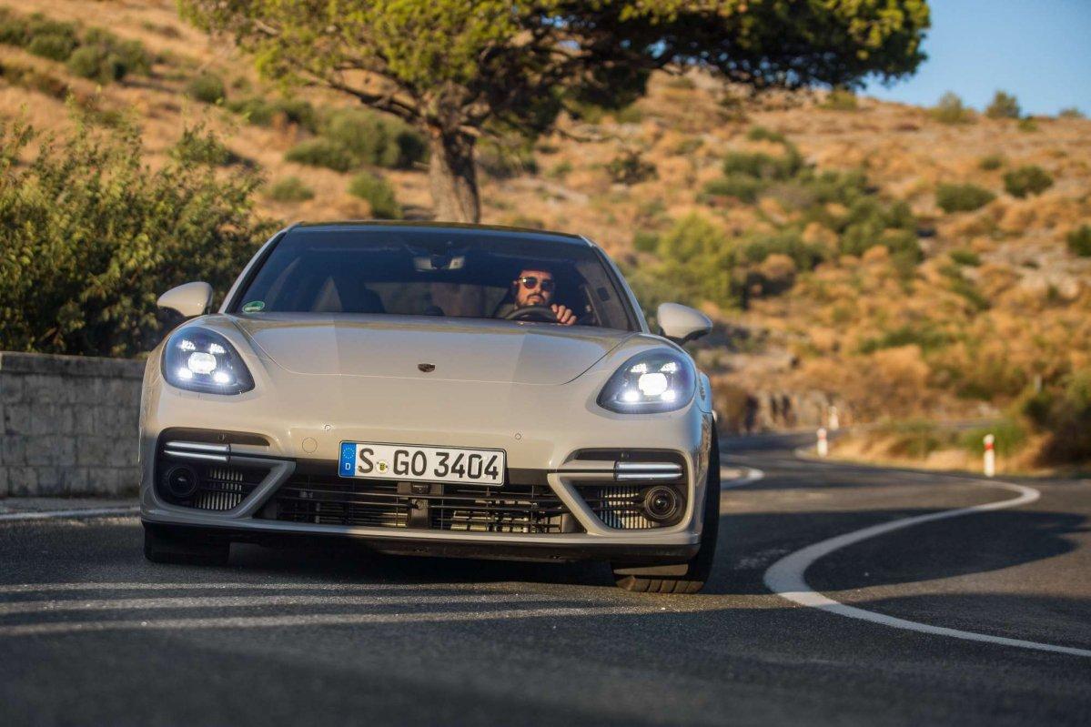 2018 Porsche Panamera Turbo Sport Turismo First Drive