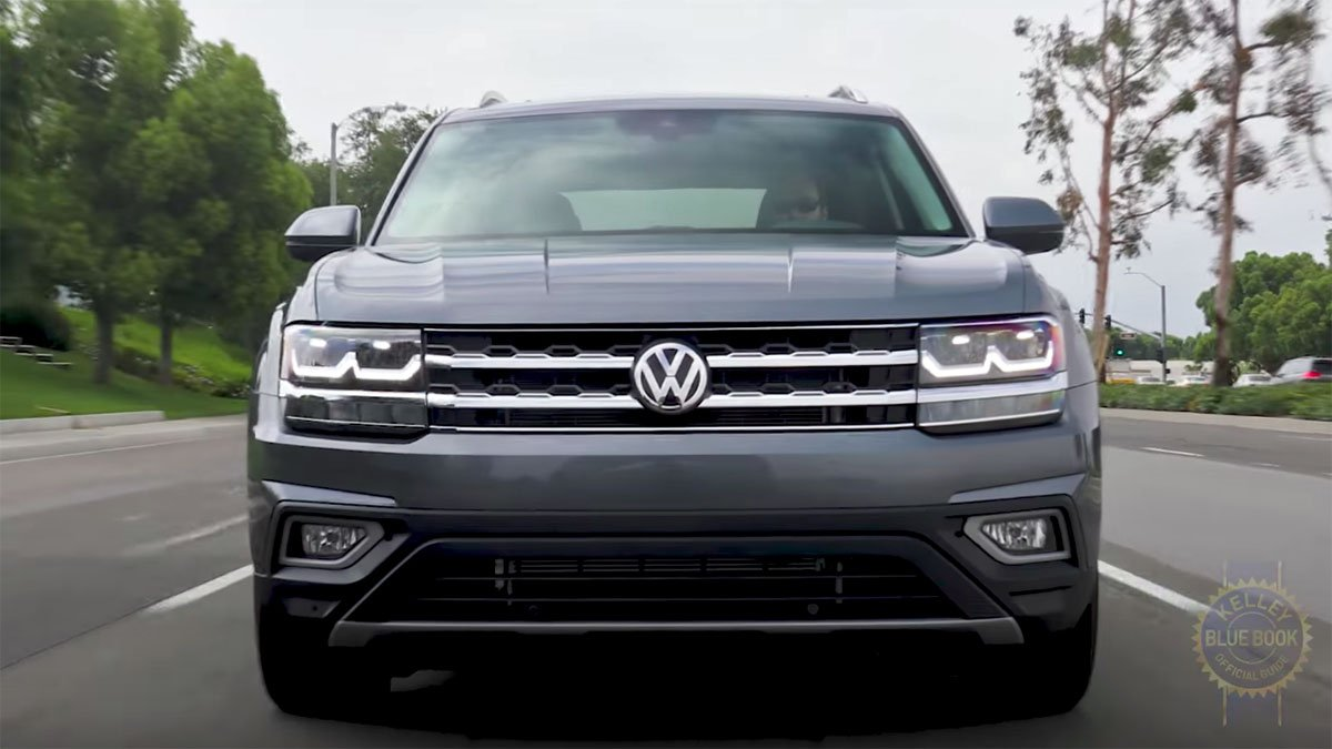 vw atlas review gives it the thumbs up. Black Bedroom Furniture Sets. Home Design Ideas