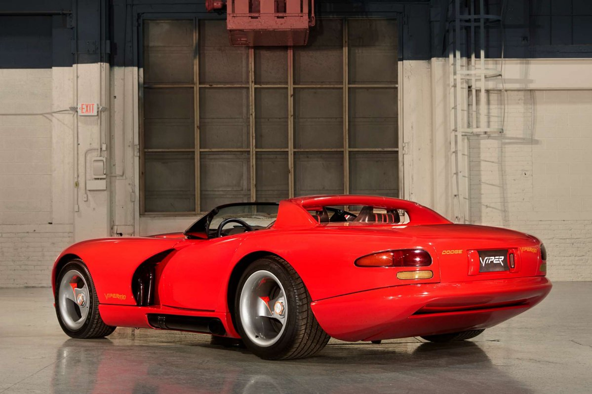 This video will make you a dodge viper expert in only 10 minutes dodge viper 02 publicscrutiny Choice Image