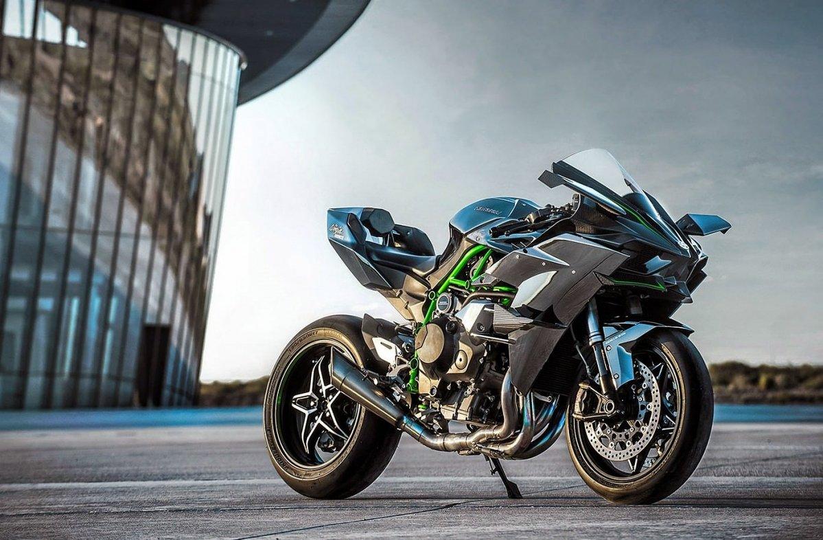kawasaki-ninja-h2r-supercharged-motorcycle