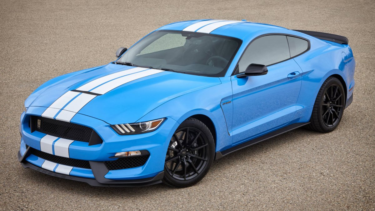 Supercharged 700 hp v8 engine available for the 2018 mustang gt