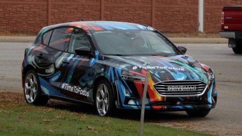2019-Ford-Focus-hatchback-spied-0