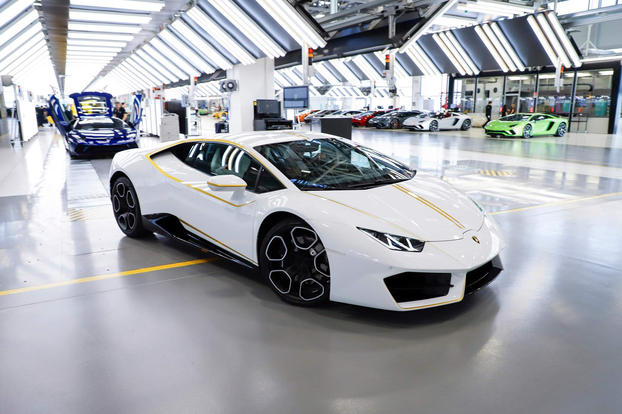 by top sv s clip diablo lamborghini speed and money news super racing cars reviews veloce