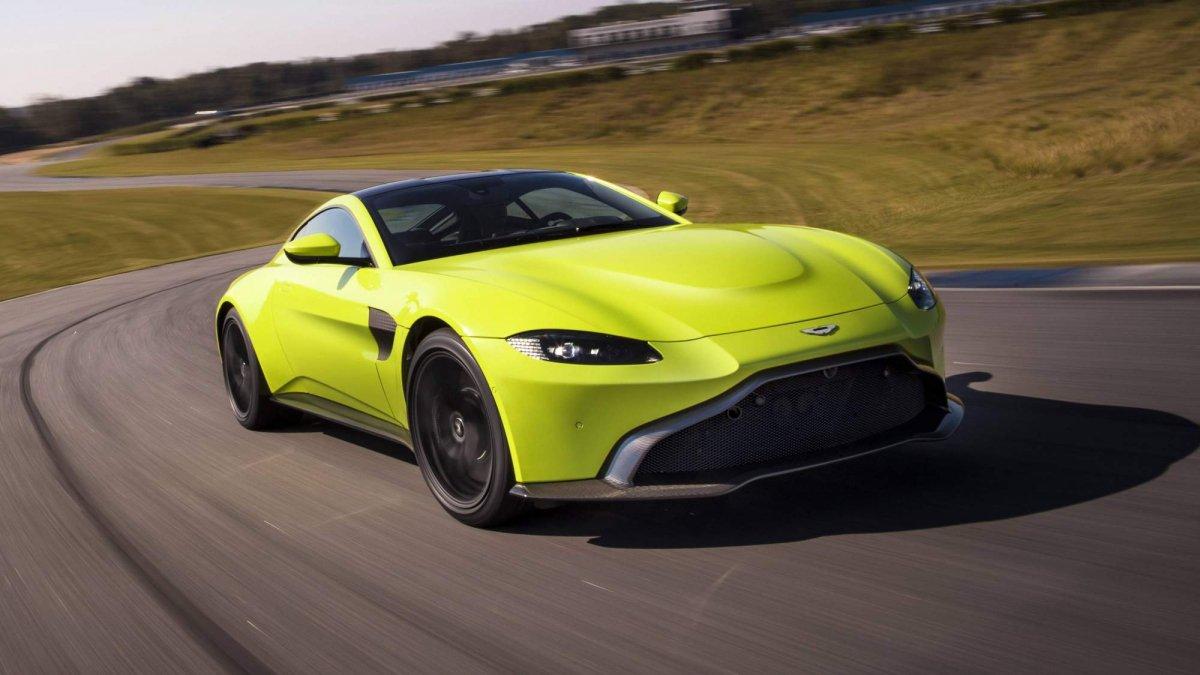 ... 2018 Aston Martin Vantage 0 ...