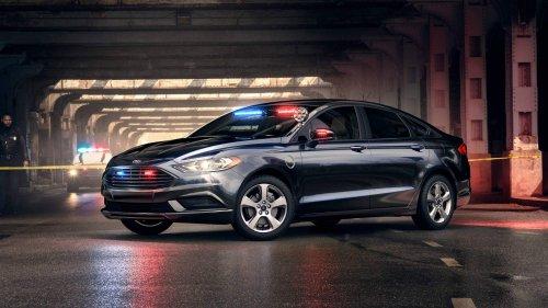 Ford-Special-Service-Plug-In-Hybrid-Sedan-0