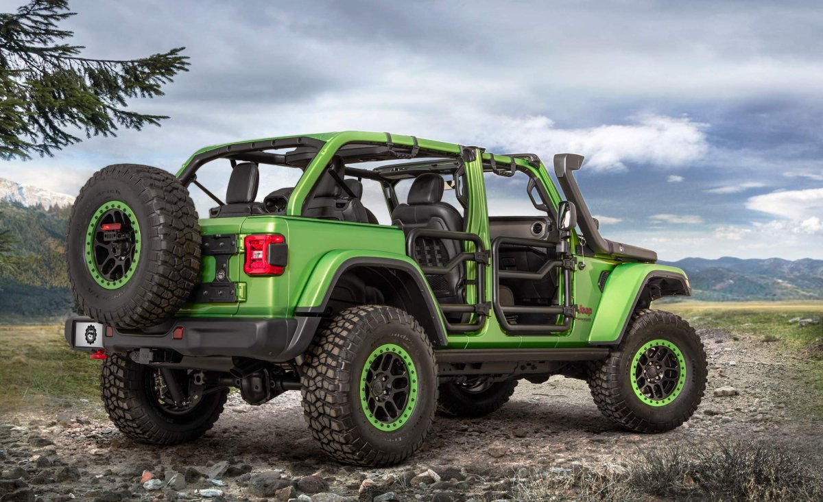 Mopar Accessories Turn 2018 Jeep Wrangler Into Extreme Off