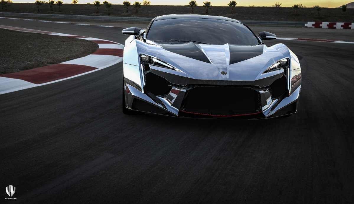 W Motors Fenyr Supersport Makes Video Debut