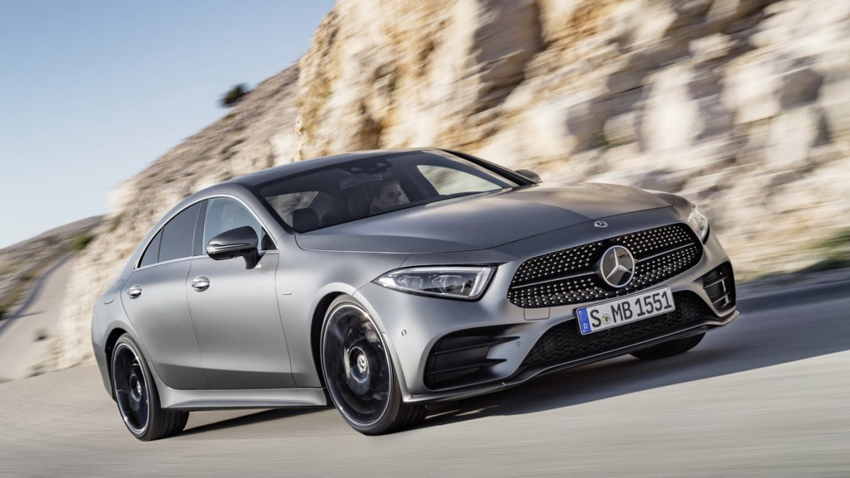 2018 Mercedes Cls Debuts Fresh Styling New Straight Six