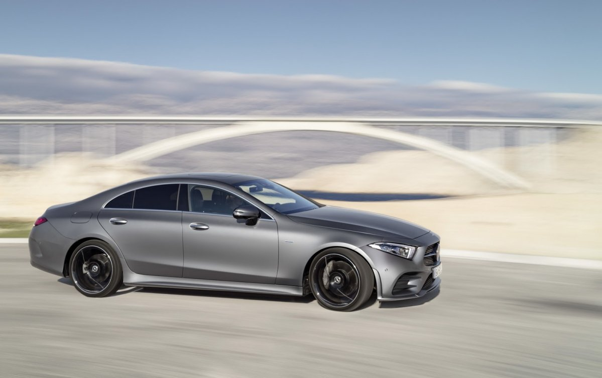 2018 mercedes cls debuts fresh styling new straight six engines. Black Bedroom Furniture Sets. Home Design Ideas