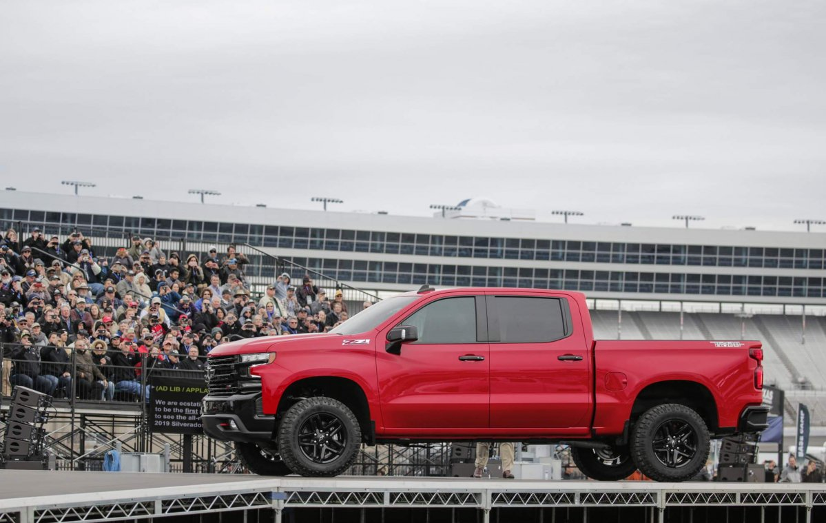 All New 2019 Chevrolet Silverado 1500 Previewed Ahead Of