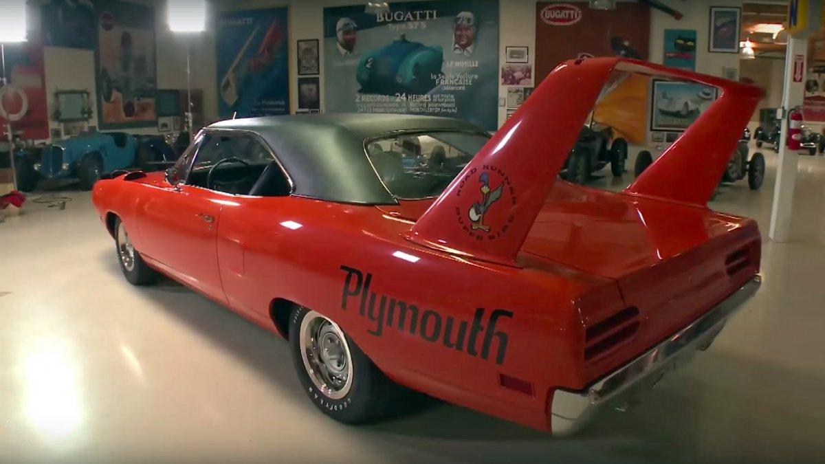 jay leno drives comedian jeff dunham s 1970 plymouth superbird