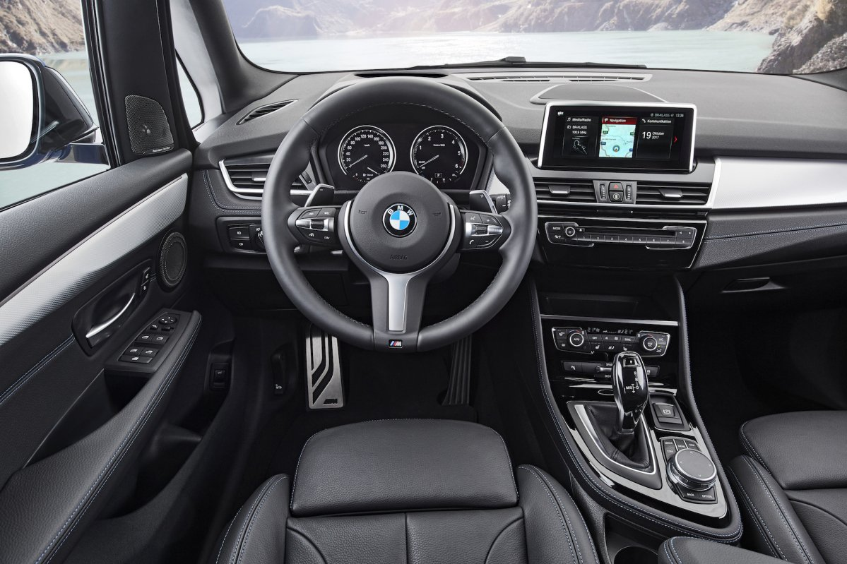 2018 bmw 2 series active tourer 2 series gran tourer get tame faceli. Black Bedroom Furniture Sets. Home Design Ideas