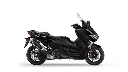 2017-Yamaha-T-MAX-ABS-EU-Midnight-Black-Studio-002