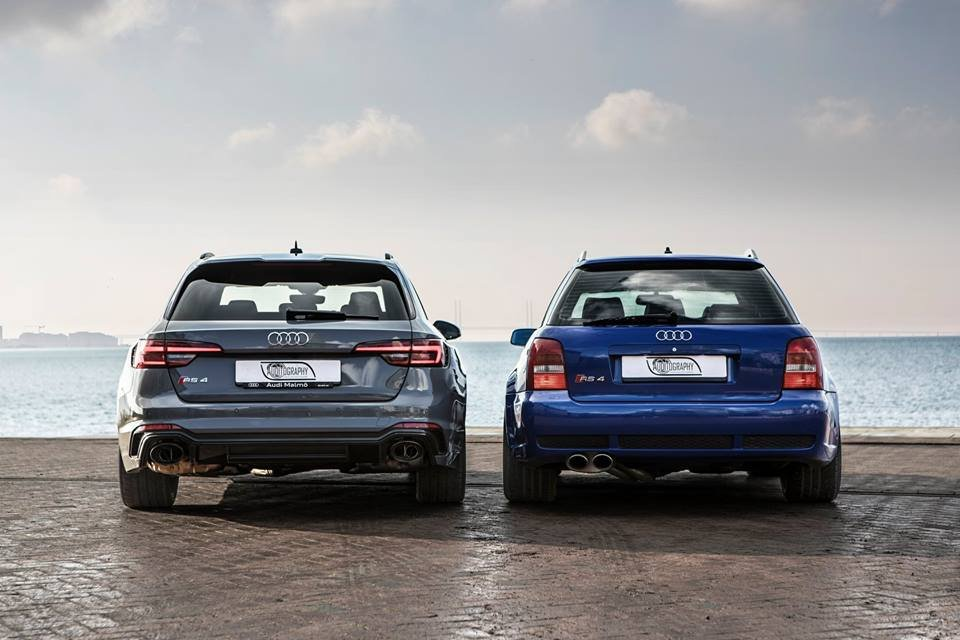 2018 audi rs4 avant vs 2001 rs4 avant b5 is a then and now. Black Bedroom Furniture Sets. Home Design Ideas