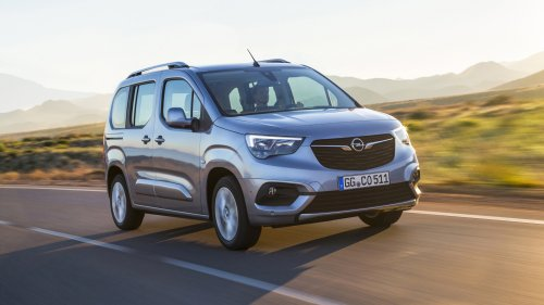 2018 opel combo family front