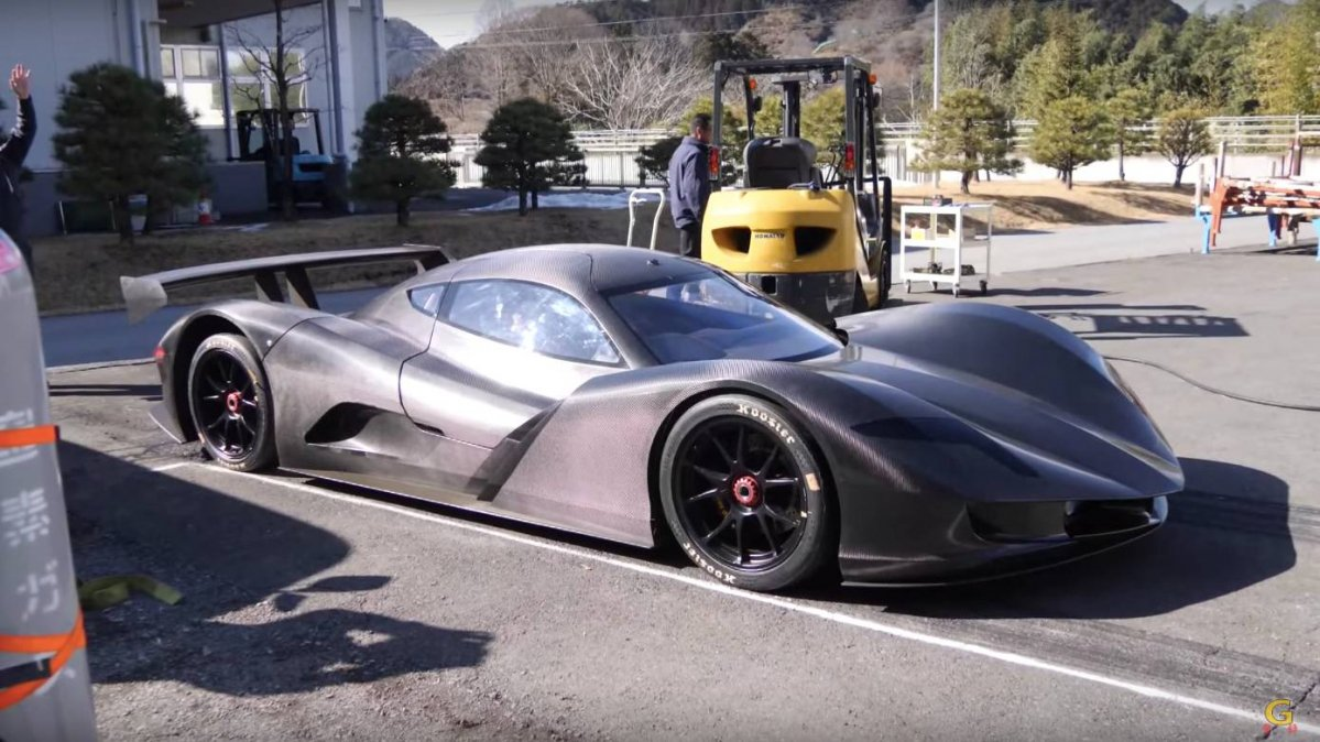 Watch The Aspark Owl Electric Hypercar Cover The 0 To 100