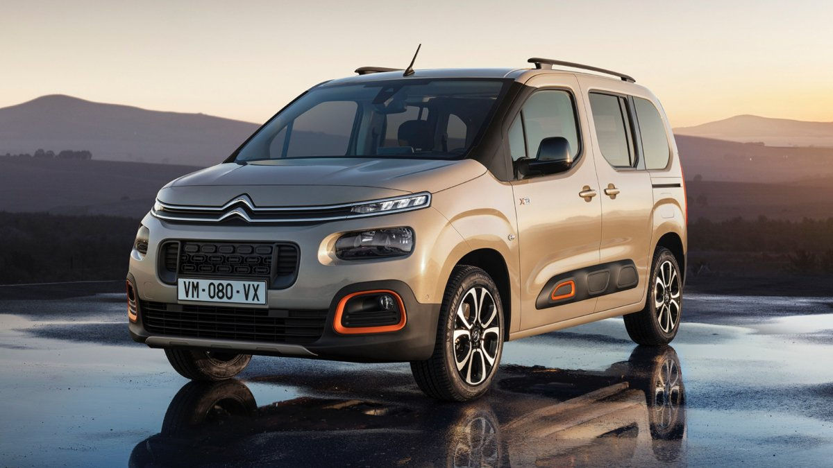 all new third gen citroen berlingo shows fresh face turbo engines. Black Bedroom Furniture Sets. Home Design Ideas