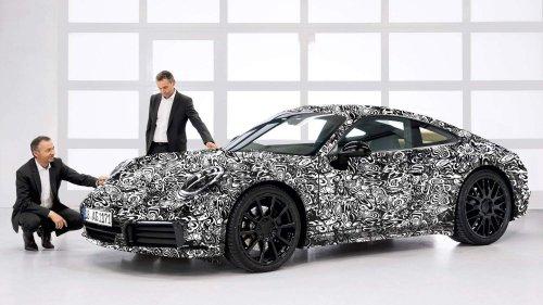 2019-Porsche-911-992-0