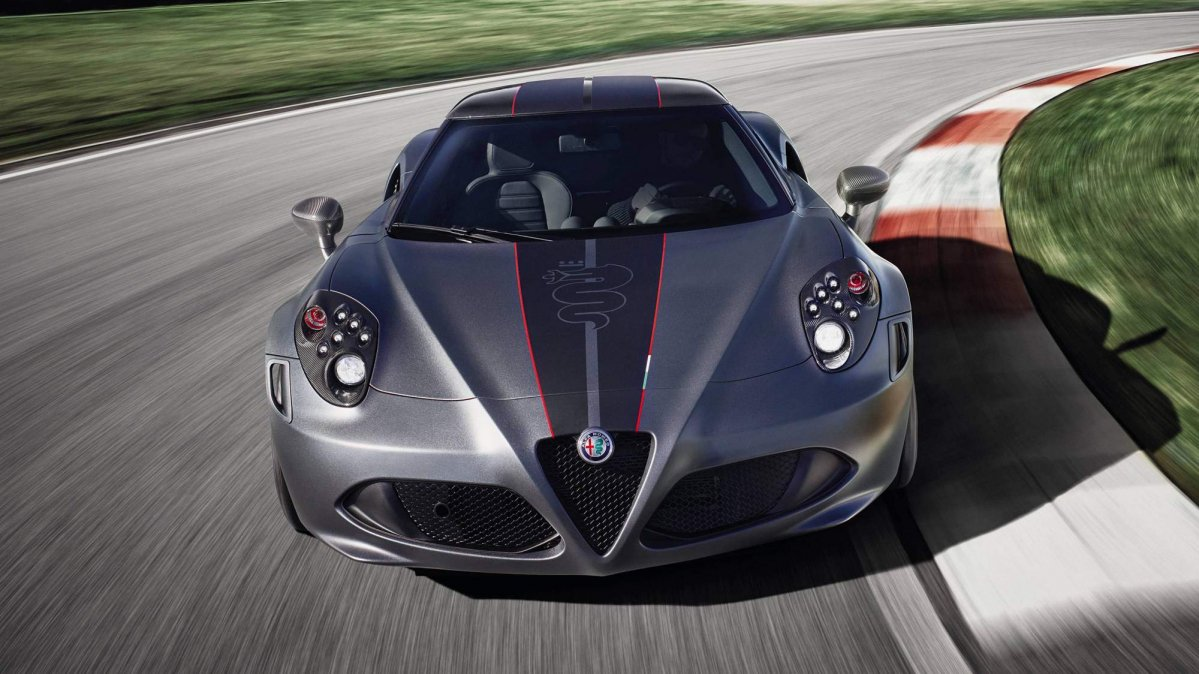 Alfa Romeo 4c Gains Competizione And Italia Limited