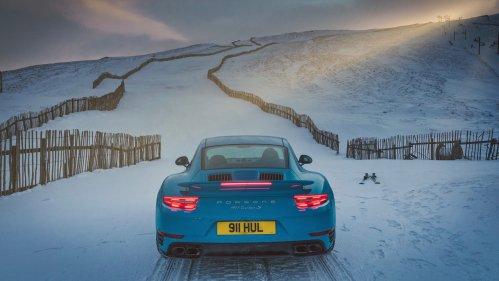porsche 911 turbo s ski slote 2